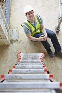 Construction worker suffers knee injury arising out of employment